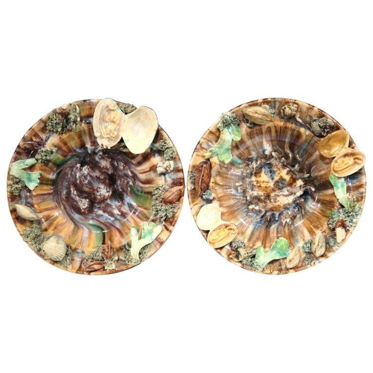 Pair of Early 20th Century Barbotine Wall Hanging Plates with Seashells